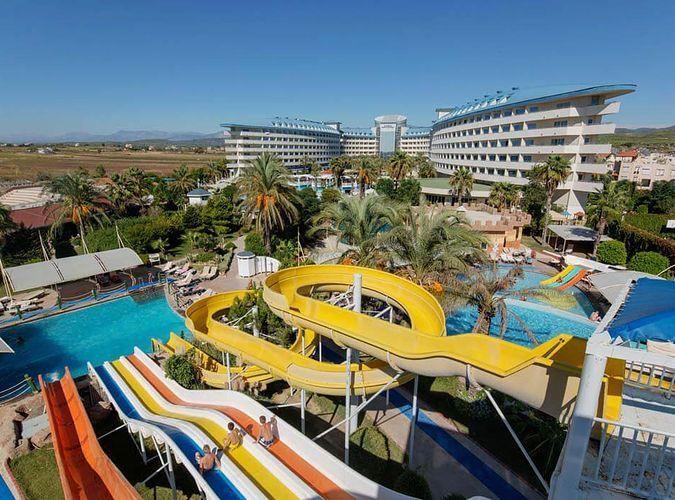 Crystal Admiral Resort wczasy Turcja Side Kizilot